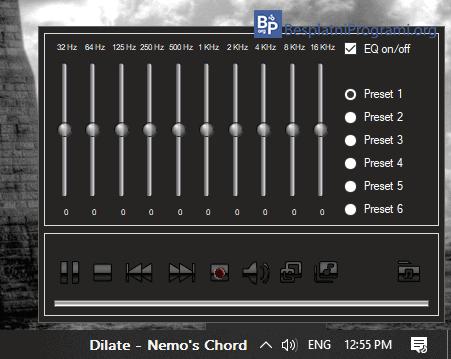 Tray Radio audio ekvilajzer
